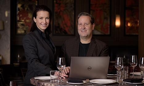 Grant & Christine - Goldfarbe Real Estate